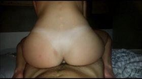 Amante gostosa sentando com o cu na rola grossa